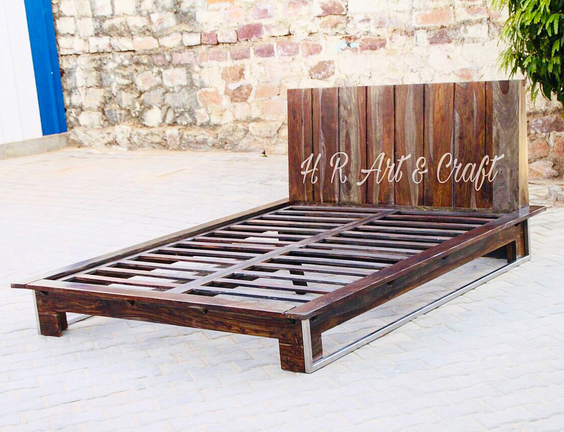 Wooden Furniture - Hotel Bed - Sheesham Wood king size Bed